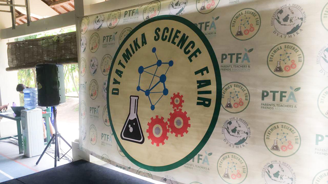 Dyatmika Science Fair 2019 - Dyatmika