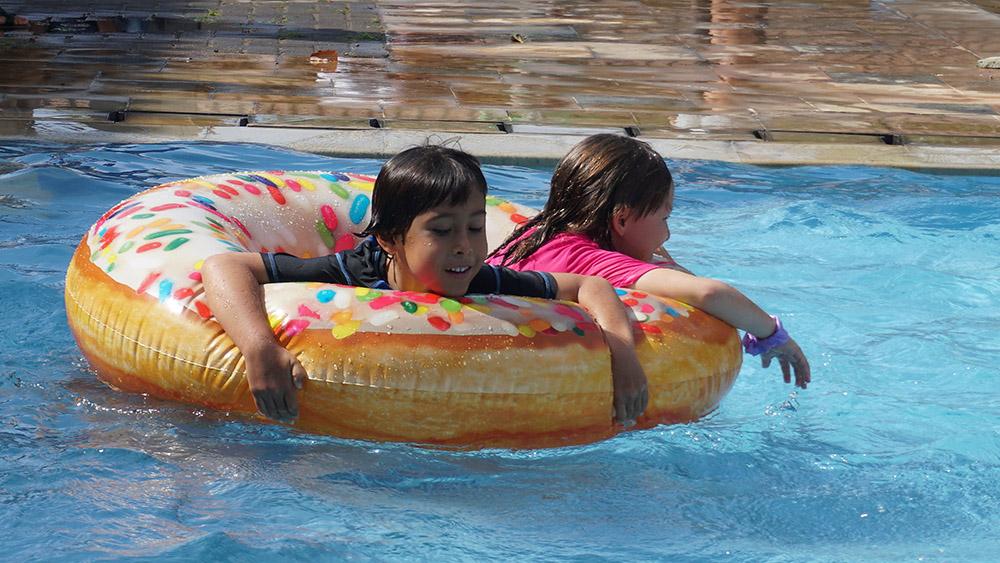 Dyatmika Swimming Carnival
